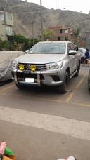 Alquiler De Camionetas Pick Up 4x4 Toyota Hilux Y Minivan