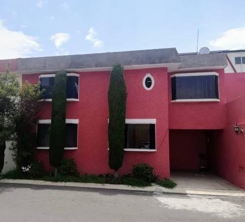 Casa En Renta En La Mejor Ubicación En Metepec !