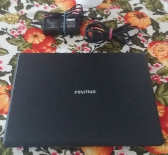 Notebook Positivo 3d Intel Celeron B800