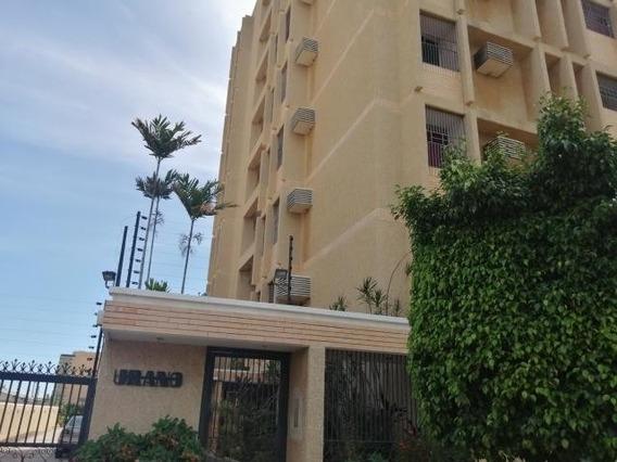 Apartamento En Alquiler. Morvalys Morales Mls #20-5919