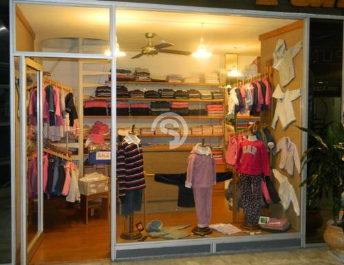 Local A La Venta En Preciosa Galería- Ref: 648