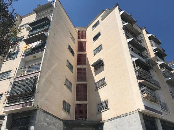 20-7189 Venta Apartamento En Vista Alegre Wt