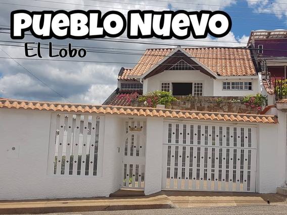 Casa En Venta En La Calle Principal De Barrio El Lobo