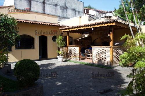 Casa Térrea Para Venda, 3 Dormitório(s), 259.0m² - 7415