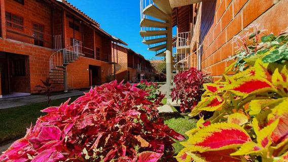 Flat Com 1 Dorm, Maranduba, Ubatuba - R$ 250 Mil, Cod: 957 - V957
