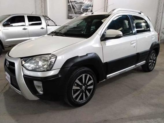 Toyota Etios 1.5 Xls Cross 2015.unica Mano