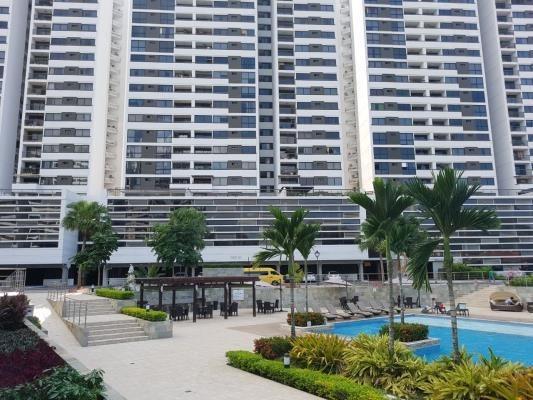 Alquiler Amplio Apartamento En Condado Country Condado Del R