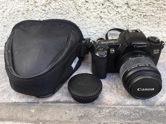 Cámara Fotográfica Canon Eos 3000 En Perfecto Estado (60vdes