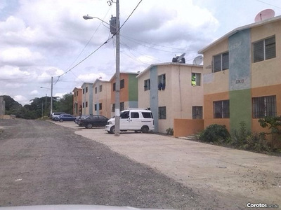 Solares En Villa Mella Próximo A La Avenida Circunvalación