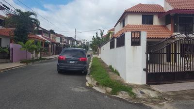 Preciosa Residencia En Cerro Alto