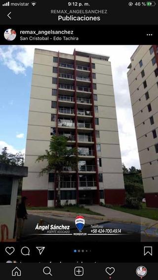 En Alquiler Apartamento En La Arboleda Av Ferrero Tamayo