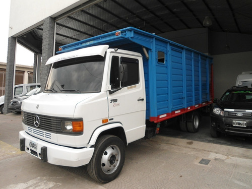 Mercedes Benz L710 Plus 2010 Con Caja