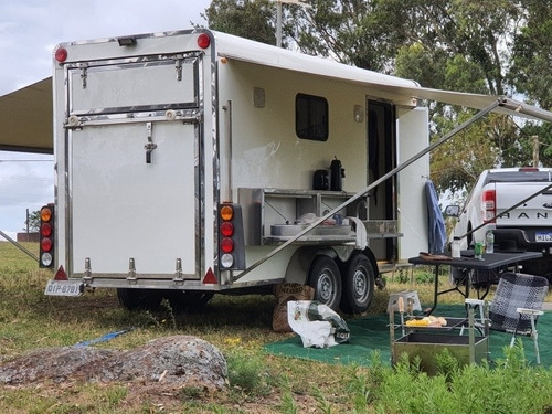 Trailer E Reboque P/ 1 Cavalo Easy Transport