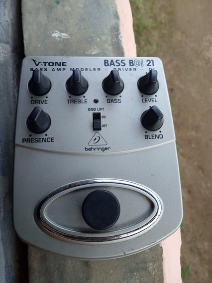 Bdi21 V-tone Bass