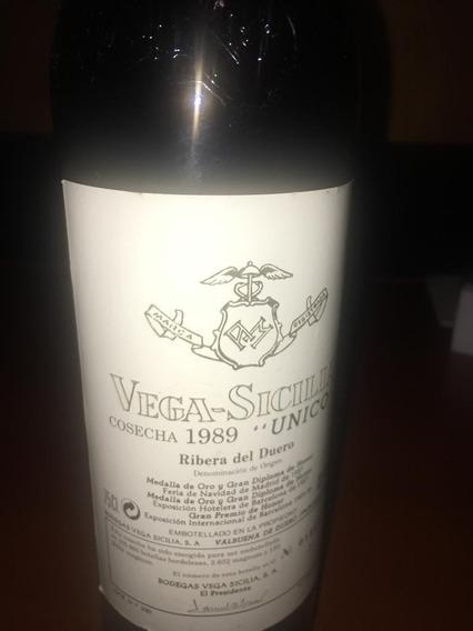 Botella De Vino Español Vega Sicilia Único Del Año 1989