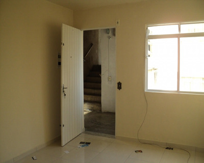 Apartamento Cdhu Quitado, Reformado, Sendo 2 Dormitório(s), Sala Cozinha, Garagem. Ótima Localização, Em Sorocaba - Ap00314 - 33337821