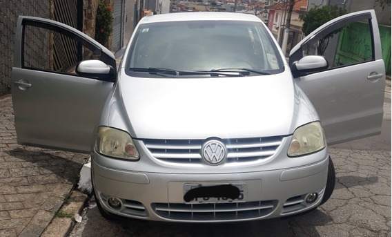 Volkswagen Fox 1.6 Plus Total Flex 5p 2005