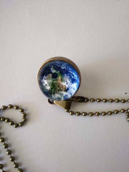 Cordão Bola De Vidro, Formato Planeta Terra.