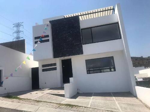 Casa Sola En Venta En Punta Esmeralda, Corregidora, Querétaro