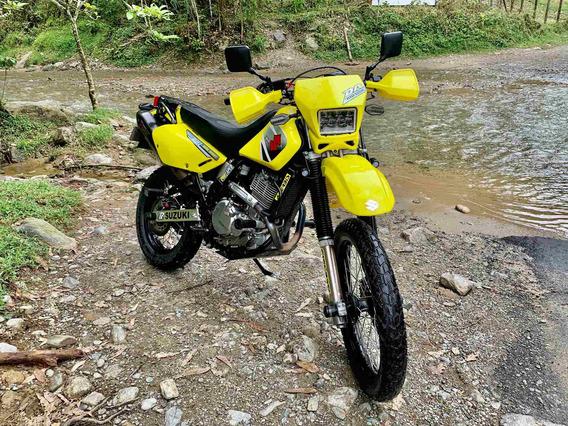 Suzuki Dr 700
