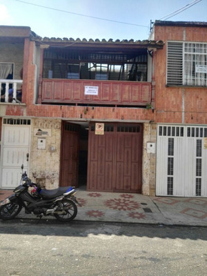 Se Arrienda Oficina En La Ceiba