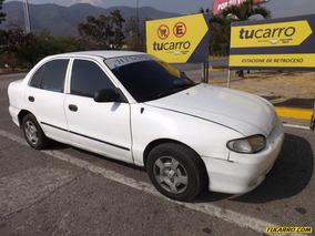 Hyundai Accent .