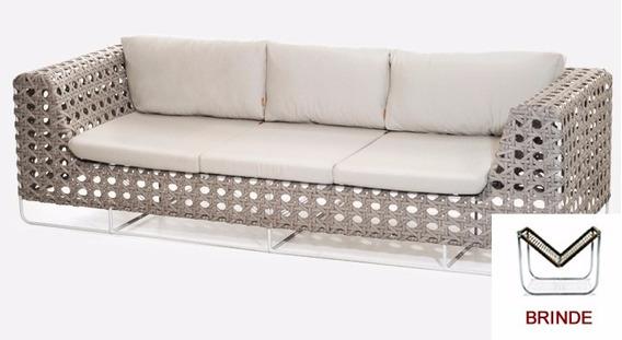 Sofa 3 Lugares Em Fibra Sintetica E Aluminio + Brinde