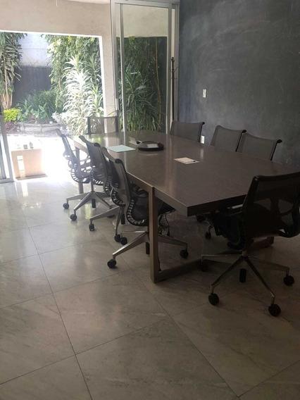 Casa Para Oficinas, Con Estilo, A 5 Minutos De Polanco