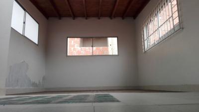 Locales En Venta Laureles 622-9318