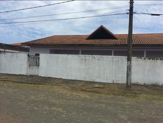 Casa Em Itanhaém À 200m Da Praia