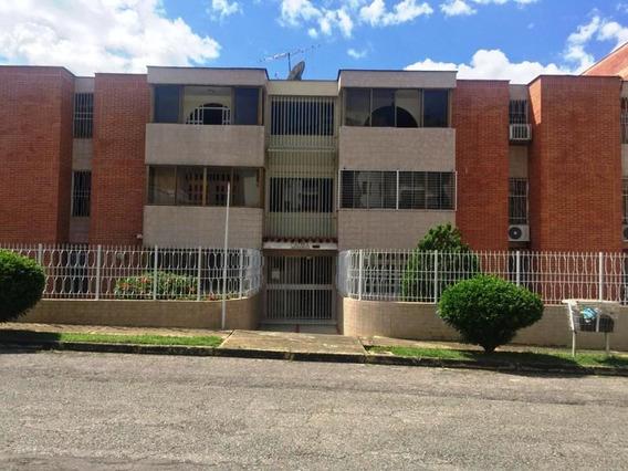 Apartamento En Venta Los Mangos Adriana Carrera 19-04006