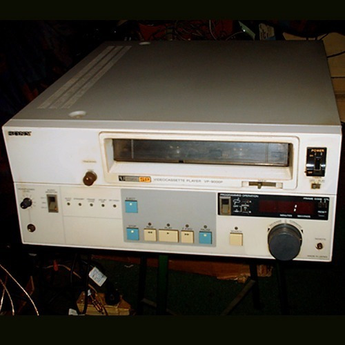 U Matic Player Sony Vp-9000p - Low / High Band