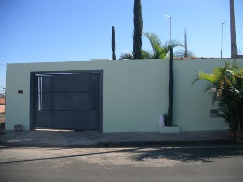 Casa Jardim Santa Cruz