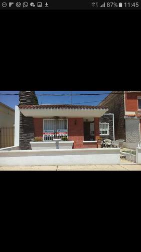 Dueña Vende Excelente Casa,en San Bautista