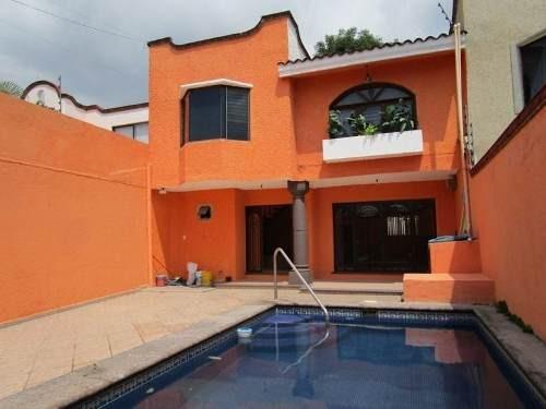 Casa En Renta En Lomas De Cortes En Cuernavaca Morelos.