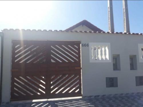 Casa À Venda Na Cidade De Mongaguá - 7128   Sanm