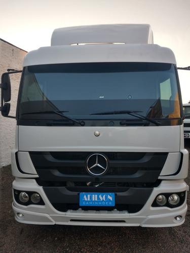 Imagem 1 de 11 de Mercedes Benz