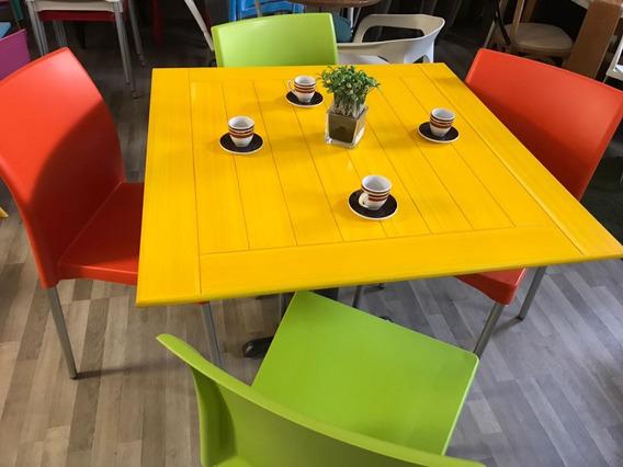 Mesa Con 4 Sillas Restaurantes Cafeterías Y Bares