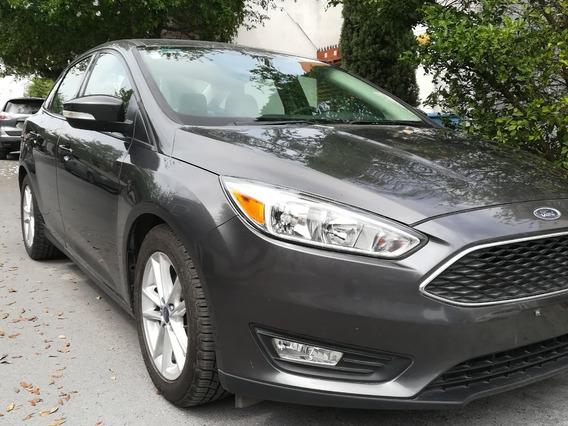 Ford Focus 2.0 Titanium At