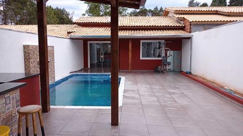 250 M², Casa Com 02 Dormitórios, Espaço Gourmet E Piscina !!