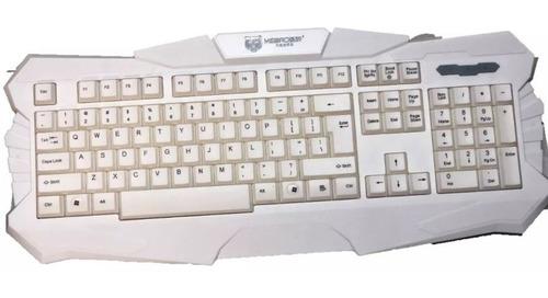 Imagen 1 de 4 de Teclado Gamer Retroiluminado 3 Colores Pro Gaming Mk900 Usb