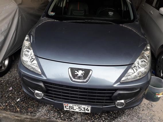 Peugeot 307 Hatchback 2.0 Modelo 2007 - 5 Puertas