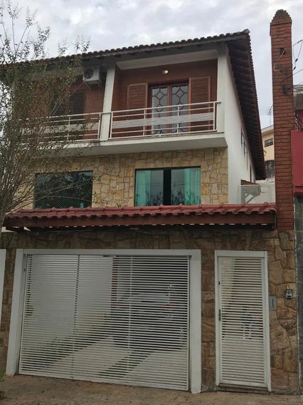 Sobrado 3 Dorm. 3 Vagas - Vila Madalena - Impecável