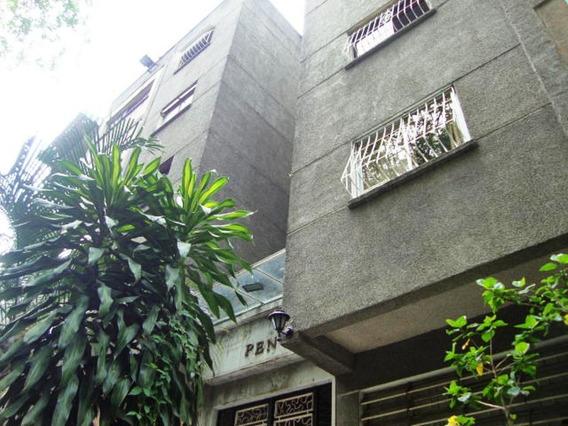 Apartamento En Las Colinas De Las Acacias #19-20196