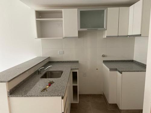 Imagen 1 de 9 de 1 Dormitorio De 42 M2 - Pasco / España