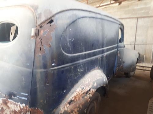 Imagem 1 de 6 de Chevrolet Chevrolet Suburban Subirban Furgao