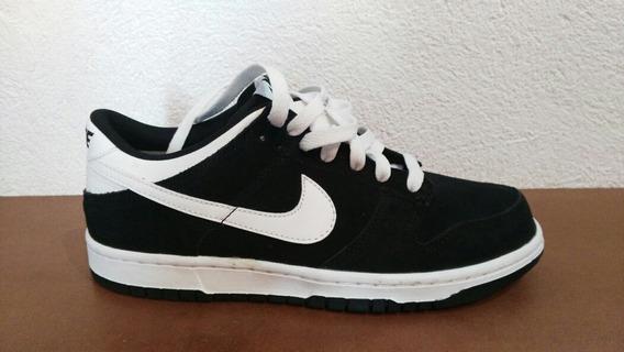 Tenis Nike De Piel Negros Con Blanco, Talla 25cm, Unisex!