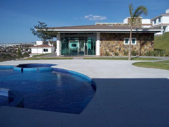 Casa Renta Con 3 Recamaras 5 Baños Y Casa Club Con Alberca