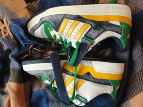 Tenis adidas Vintage Tamanho 42
