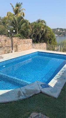 Tequesquitengo: Preciosa Casa En Renta A La Orilla Del Lago.